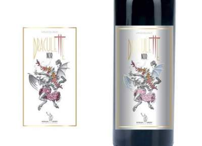 The label Draculette wine